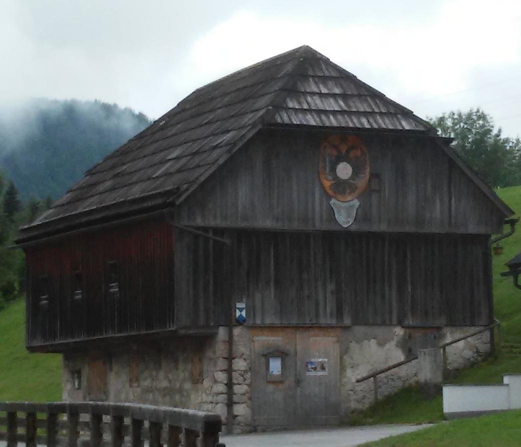 Kaiserlicher Stall 1